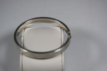 Sehr schöner Armreif 925er Silber