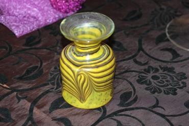 Ausgefallene Vase signiert Eisch